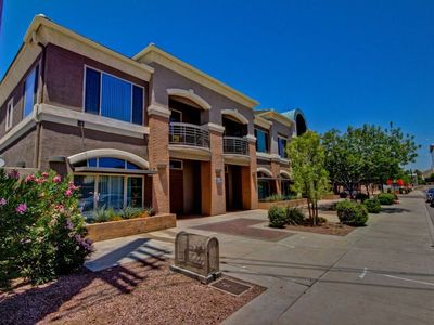 Photo for Heart of Tempe...Walking Distance to EVERYTHING! Family-friendly & pet-friendly!