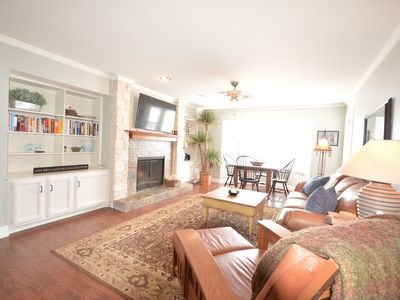 Photo for Clarksville Come And Take It! Easy access to downtown with great parking!