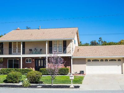 Photo for Relaxing Spacious Family Home in Thousand Oaks