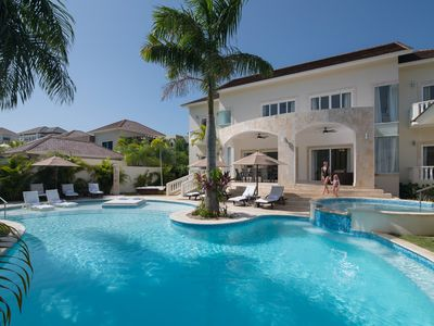 Photo for Beautiful 6 Bedroom Royal Villa With Pool