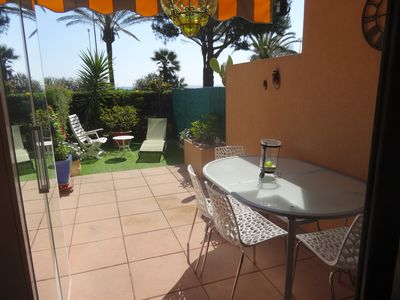 Photo for Cannes, studio cabin, ground floor, sea front, 40m beaches