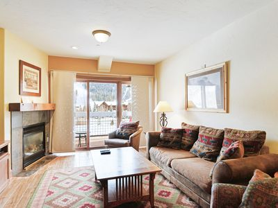 Photo for Mountain view condo with a shared pool, hot tub, & gym - shuttle to lifts