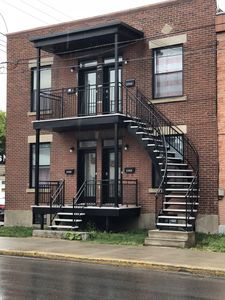 Photo for 2BR Apartment Vacation Rental in Verdun, QC