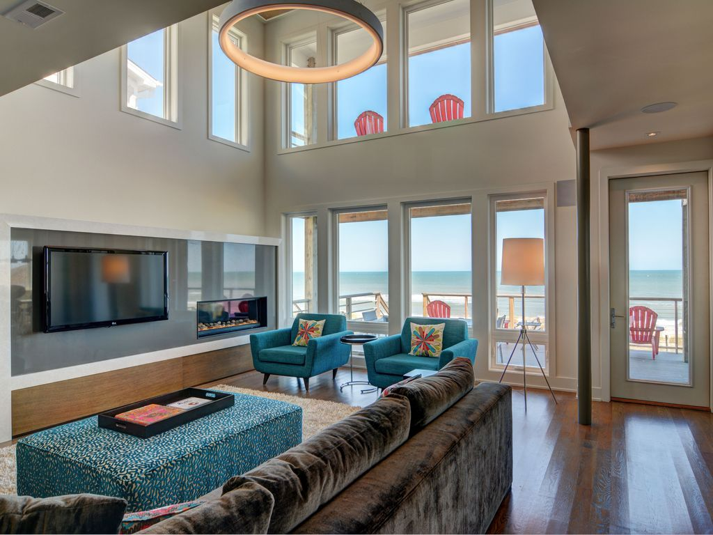 Kure beach sand box modern oceanfront home with elevator for Beach house elevator
