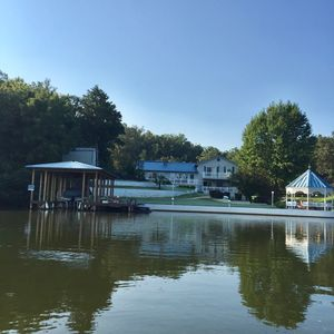 Photo for Glorious gateway 4 bedroom lake home