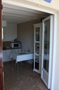 Photo for Small holiday house between ocean and Arcachon Basin