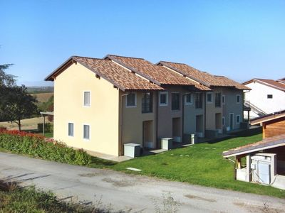 Photo for Vacation home Barolo Golfclub (BOO200) in Barolo - 4 persons, 1 bedrooms