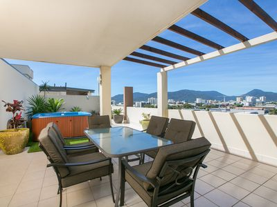 Photo for 2BR Apartment Vacation Rental in Cairns City, QLD