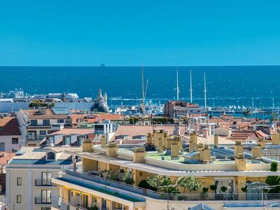 Photo for Penthouse renovated, sea view with terrace of 80m2, 2 steps Croisette and Palai