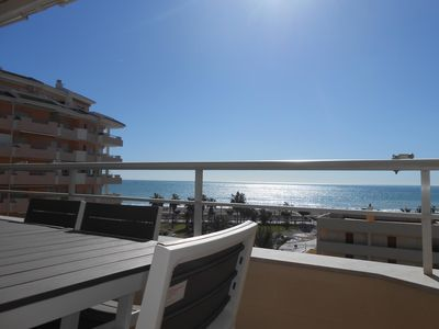 Photo for Apartment with sea views, completely renovated