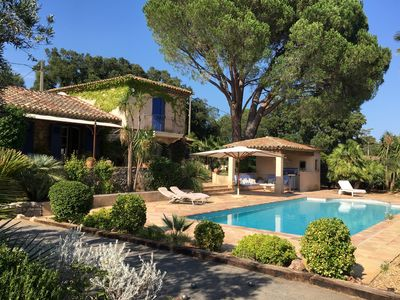 Photo for Provencal country house in a secured domain.