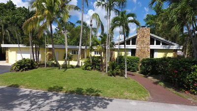 Photo for Resort Style Living In Pinecrest  Miami, Fla.