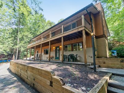 Photo for Pet friendly home w/ lake access, hot tub, and fire pit in central DCL!