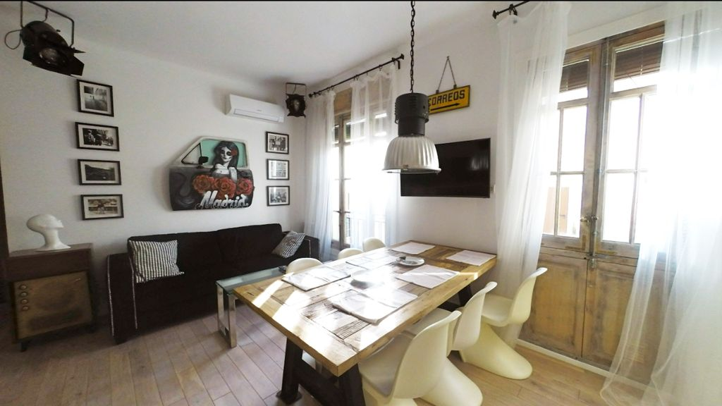 Cool apt. in the heart of Madrid
