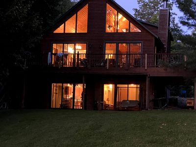 Spacious floor plan with upper and lower deck areas