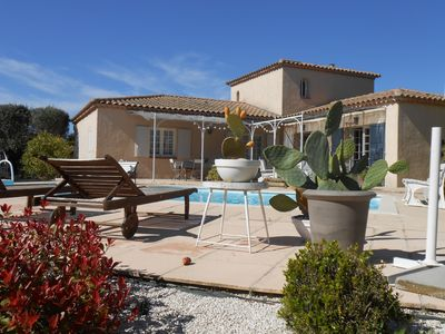 Photo for VILLA LES MAGNOLIAS LOCATED 2 KM FROM THE VILLAGE AND 20 MIN FROM THE HISTORIC CENTER OF AIX