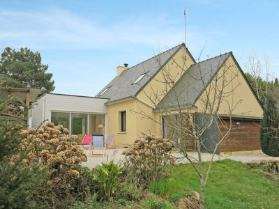 Photo for 4 bedroom Villa, sleeps 9 in Arzon with WiFi