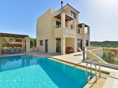 Photo for A beautiful secluded villa with private pool and amazing 360° view