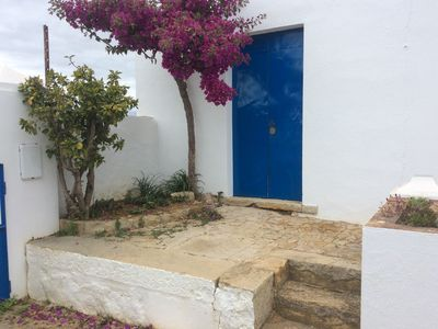 Photo for Casa Ines Jordana one quiet place within walking distance of beautiful beach Fuseta.