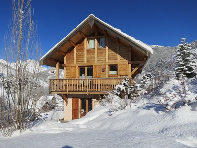 Photo for New apartment in comfortable wooden chalet, private parking, superb views.