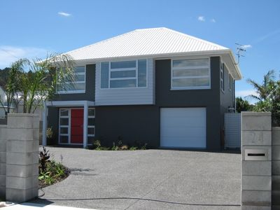 Photo for Ocean View Bach, 300m to the beach