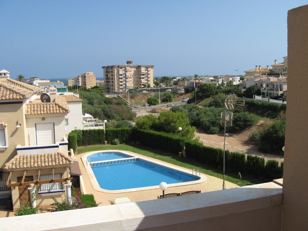 fabulous holiday townhouse poolside 800mtr. to  - 530696