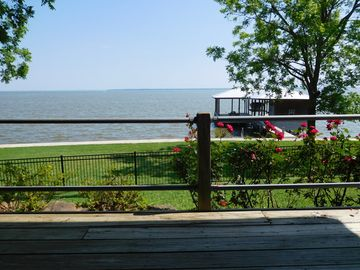 Beautiful Waterfront Home in private Cape Royale community