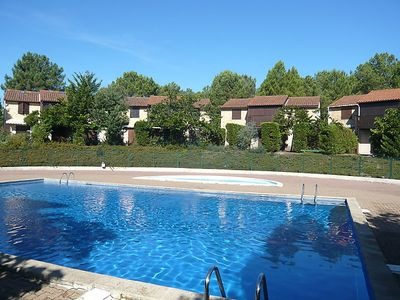 Photo for 2BR Villa Vacation Rental in Aquitaine, Gironde