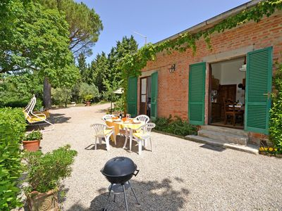 Photo for Wonderful private villa for 4 people with WIFI, TV, patio, panoramic view and parking