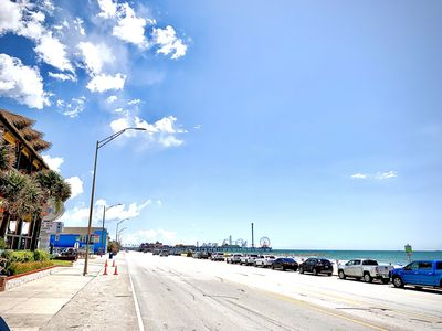 LOCATION! 2 blk BIG Beach & The Spot/walk to Pleasure Pier/food/bars/shopping