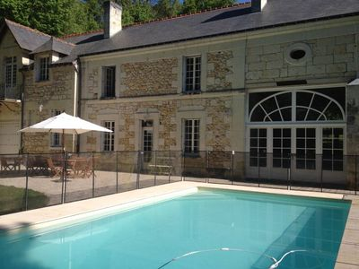 Photo for Large family house with pool in the heart of the Loire Valley