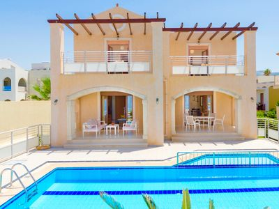 Photo for Stunning beachfront villa with 6 bedrooms, private pool and beautiful interiors