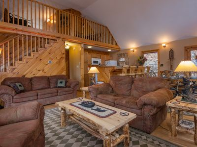 Photo for Luxury Cabin, Sleeps14, Super Fast WiFi, NFL Sunday, & Arcade, Fishing & 2 Pools