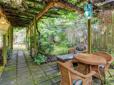 Photo for NEW LISTING! Tranquil garden oasis w/free WiFi, full kitchen & great walkability