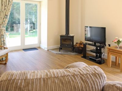 Photo for 1 bedroom property in Helensburgh. Pet friendly.