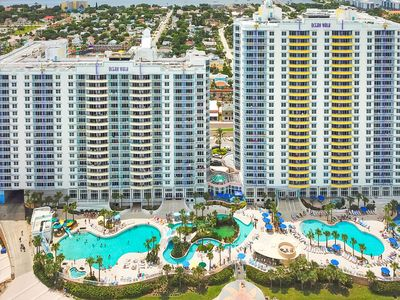 Photo for Ocean and river view studio with 4 shared pools, 3 hot tubs, lazy river & more!
