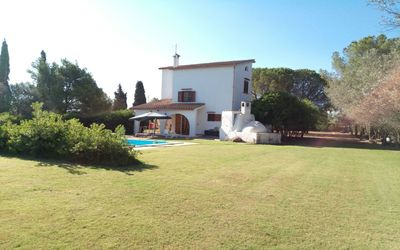 Photo for Villa Pepa S'abuleu, detached villa with garden and swimming pool.