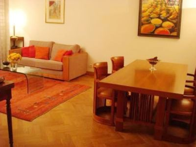Spacious and comfortable apartment between the Champs-Elysées and Trocadéro