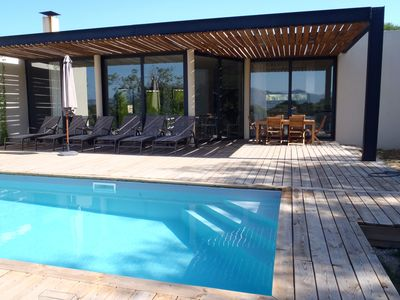 Photo for modern family villa, private pool in the bush 5 'from the beach!