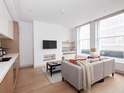 Photo for Sonder | Covent Garden Piazza | Bright 1BR