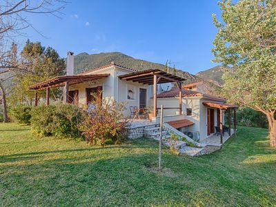Photo for Villa Almyriki 18km from Nafpaktos - 250m from the sea - 8 -10 persons
