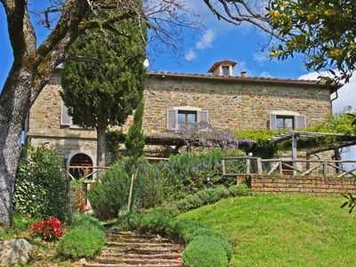 Photo for Villa Calcina, Beautiful Tuscan Farmhouse