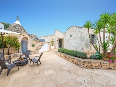 Photo for Complex of trulli and lamias with private pool in the countryside of Ceglie Messapica countryside