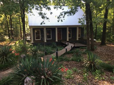 Natchez Trace Cabin Retreat on 5 acres