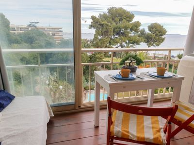 Photo for Apartment Le Trident in Cannes - 2 persons, 1 bedrooms