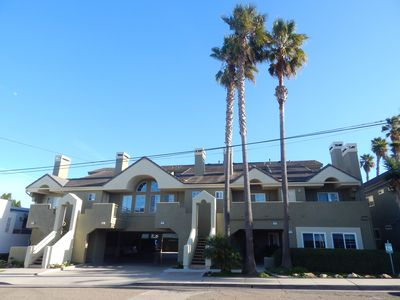 Photo for Cozy Condo 1/2 Block to the Beach w/ BBQ & Fireplace