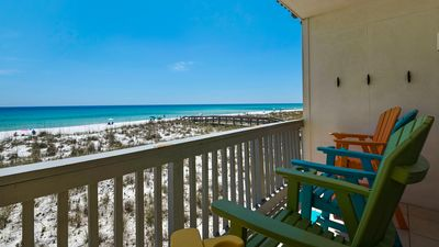 Photo for Gulf Front 2 bedroom Villas on the Gulf condo. Free WiFi. Washer/Dryer. Pool