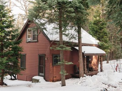 Photo for Cozy Cabin Retreat and dogs welcome