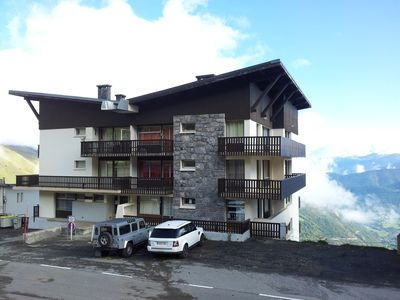 Photo for Pla d'Adet: T2 slopes, beautiful valley view balcony, Baby Home