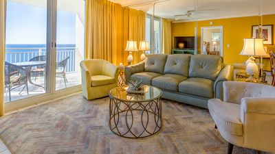 Photo for Gulf front condo at Emerald. Beautiful oceanview! Zero entry pool. Free Parking!